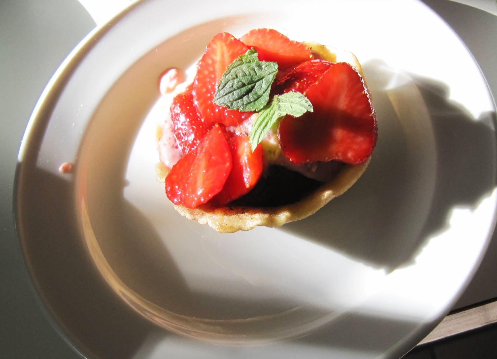 Cialde alla Crema – Dessert mit Erdbeeren